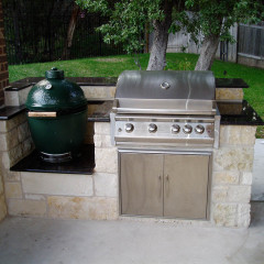 Big Green Egg & Grill